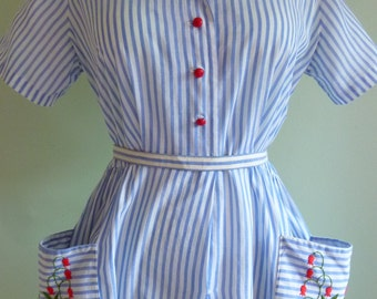 1950's Sky Blue Striped Summer Cotton Dress with Large Embroidered Hand Pockets. Size large. Waist 31-34 inch