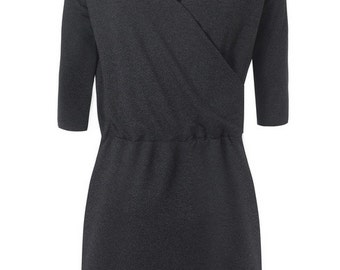 V-neck dress in graphite