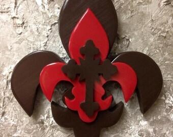 PPTFDLC3 Handcrafted Pine Tri Layered Wooden Fleur De Lis / Cross