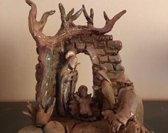 Glazed ceramic Presepino
