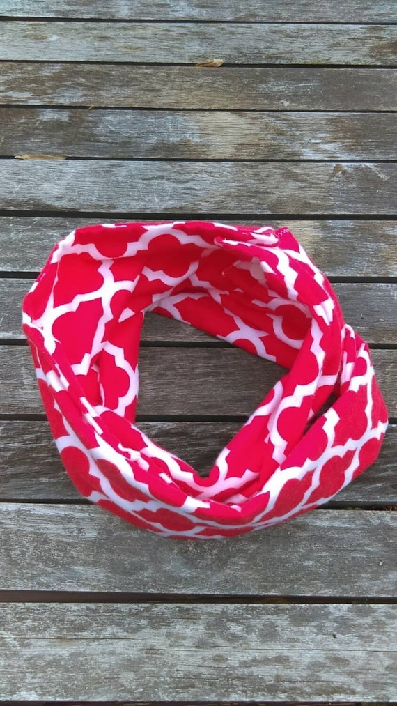 Christmas girls toddler infinity scarf - toddler - baby accessory - red quatrefoil fabric - super soft flannel
