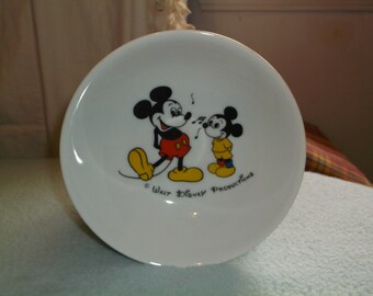 vintage porcelain Japan walt disney productions Mickey Mouse breakfast cereal bowl 1960's very nice