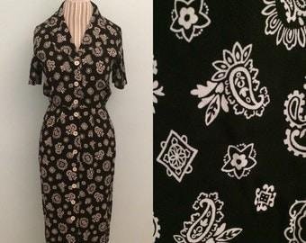Vtg 90's black + white paisley print dress / size 6 / small