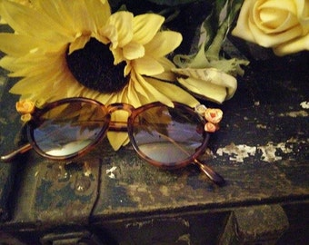 The Collette - Flowered Sunglasses