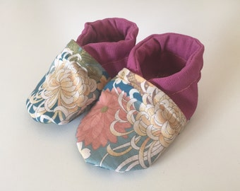 Sof sole baby shoes.
