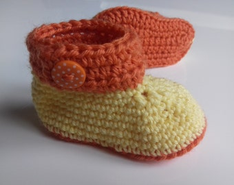 Amounts slippers, crocheted hand, size 3 months