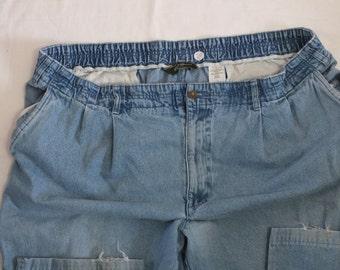 "Eddie Bauer relaxed fit mens jean size 48,  100% cotton Inseam 31.5"""