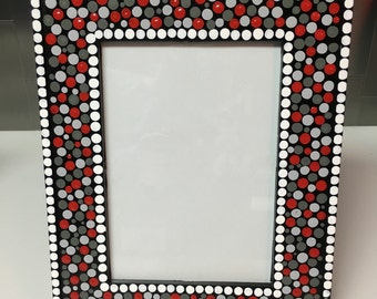 dotted frame