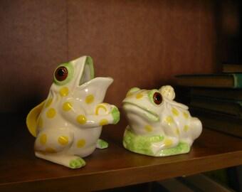 Frog Sugar and Creamer, Seymour Mann 1976