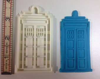 Dr. Who Tardis engraved cookie cutter
