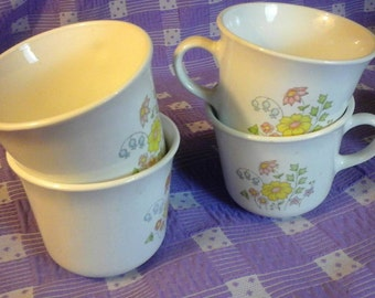 Corelle Spring Meadow Design Coffee Mugs Vintage 1970's By Corning Set of 4