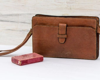 Distressed Henri Hery Leather Pouch