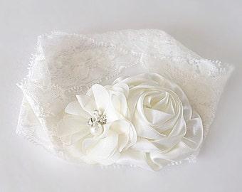 Ivory lace baby headband, vintage baby headband, lace headband, elegant headband, flower girl headband