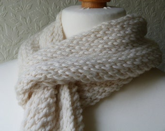 Chunky hand knitted cream scarf in an 80/20 virgin wool and cashmere mix yarn