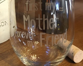 Mom Wine Glass - Etched Mothers Day Wine Glass