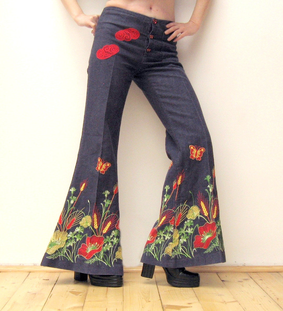 Unique vintage s bell bottom jeans embroidered