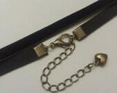 Thin Black Velvet Choker - Grunge Velvet Choker - Black Ribbon Choker - 90s Necklace - Vintage Black Choker - Antique Brass Choker -