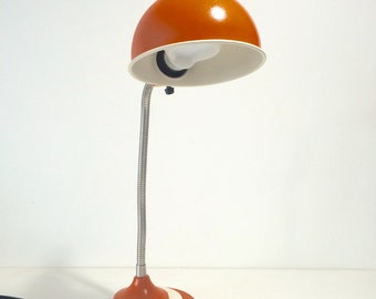 Vintage Mid Century Modern  table / desk lamp