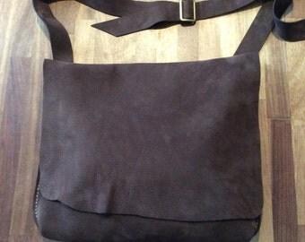 Leather Messenger Bag / Shoulder bag/ Brown messenger bag/ Bike bag / Mens bag / Office bag/ Work bag