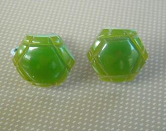 Vintage Avacado Green Screw Back Bakelite Earrings