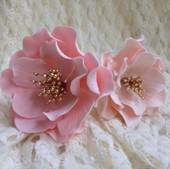 Open Rose Sugar Flower in Pink or Blush with Gold Center for wedding cake decorations, gumpaste flowers, cake toppers