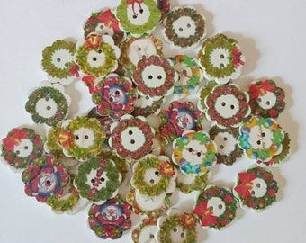 Wooden Christmas Wreath Buttons x 10