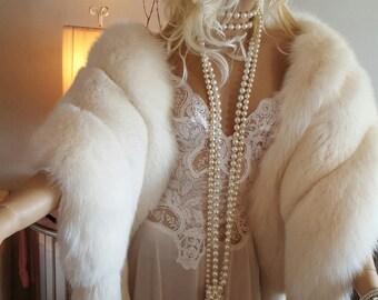 Luxury Vintage White Fox Fur Stole With Tails - Fox Fur Fling - Fox Fur Shawl - Marilyn Monroe  style Fur - Luxury Gift - Fox Fur Wrap Boa