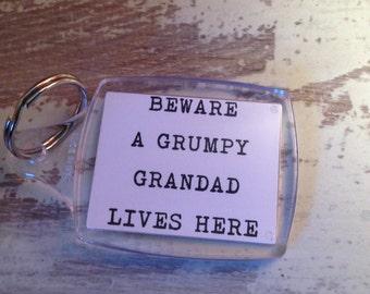 Beware a grumpy grandad lives here Humorous keychain, humorous keyring, cheap gifts, christmas gifts, secret santa gifts, funny keyrings,