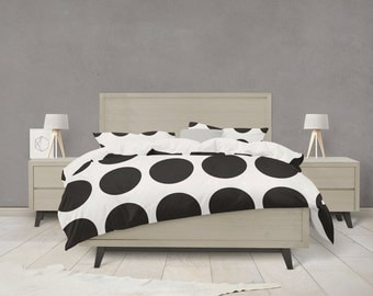 Black and white dot pattern duvet cover