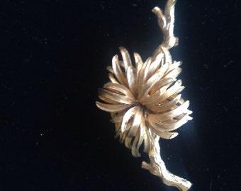 Metal Floral Brooch