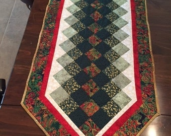 SALE! Shades of green quilted table runner