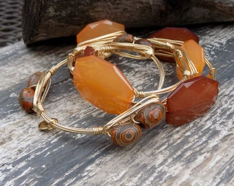 Bourbon and Boweties Inspired Wire Wrapped Bracelet.  Tangerine Orange or Coffee Brown Acrylic Polygon 34x24mm Beaded Bangle.