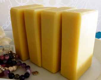 30% •  cold process soap bar with raw cocoa butter •  PURE soap •  fragrance and dye free • moisturizing conditioning