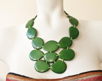 Statement necklace, Tagua nut jewelry, Tagua green necklace, Stocking stuffer, Bib necklace, Chunky necklace, Boho jewelry, Gift women, Eco