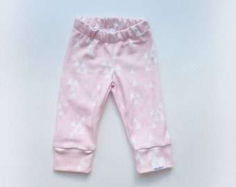 Pink and white triangle organic cotton knit baby girl leggings