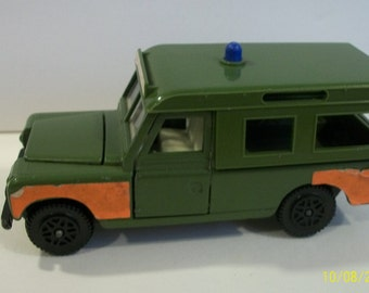 Vintage Dinky Toys Bomb Disposal  Olive Green Land Rover Made in England, Doors Hood Open Collectible Diecast Vehicle