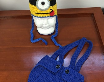Newborn crochet minionmouse set, photography prop for babies perfect for first photos