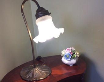 Vintage brass table/desk lamp. Goose neck lamp with Lily pad base. Missing glass shade.