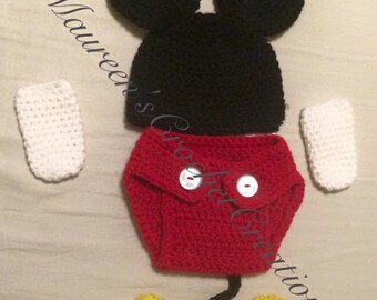 Mickey Mouse inspired outfit