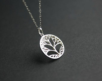 TREE Necklace in Sterling silver -Silver Tree of Life necklace -Silver Family Tree - Delicate Necklace - Dainty Necklace - Layering necklace