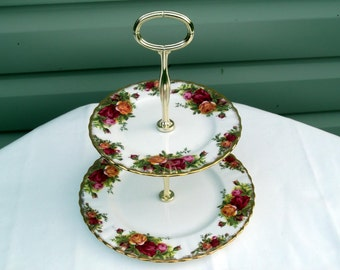 Royal Albert Old Country Roses 2-Tier Cakestand