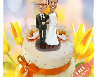Classic wedding cake toppers Custom cake topper Bride and groom cake toppers Minime doll Personalised cake topper Unique wedding cake topper