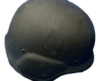 US PAGST M-7 Unicor Kevlar Helmet Medium