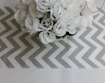 """Wholesale lot of 12 wedding tablerunners, 72"""" x 13"""" party runner, banquet, grey and white chevron, zig zag RTS 623"""