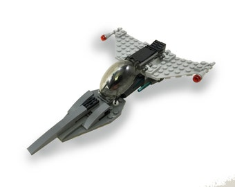 Exclusive Brick Loot Galaxy Fighter - LEGO KIT