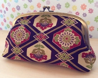 Cosmetic Pouch with Kimono Fabric wool/round