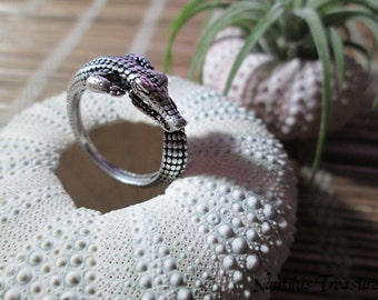 Adjutustable antique silver plated crocodile ring, crocodile ring, adjustable ring, gothic ring, steampunk ring