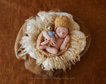 Newborn photo prop teddy, knitted bear, Newborn Prop Posing Bear, Teddy Bear, Newborn props, Amigurumi