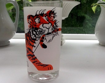 """Vintage Esso """"Put a Tiger in your Tank"""" Promotional Glass-Great Collectors Item!"""