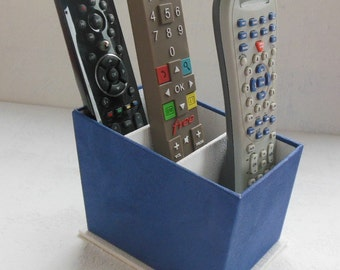 BOX holder for remote controls - blue and white